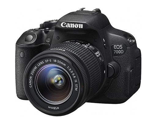 Canon EOS 700D Kit 18-55mm